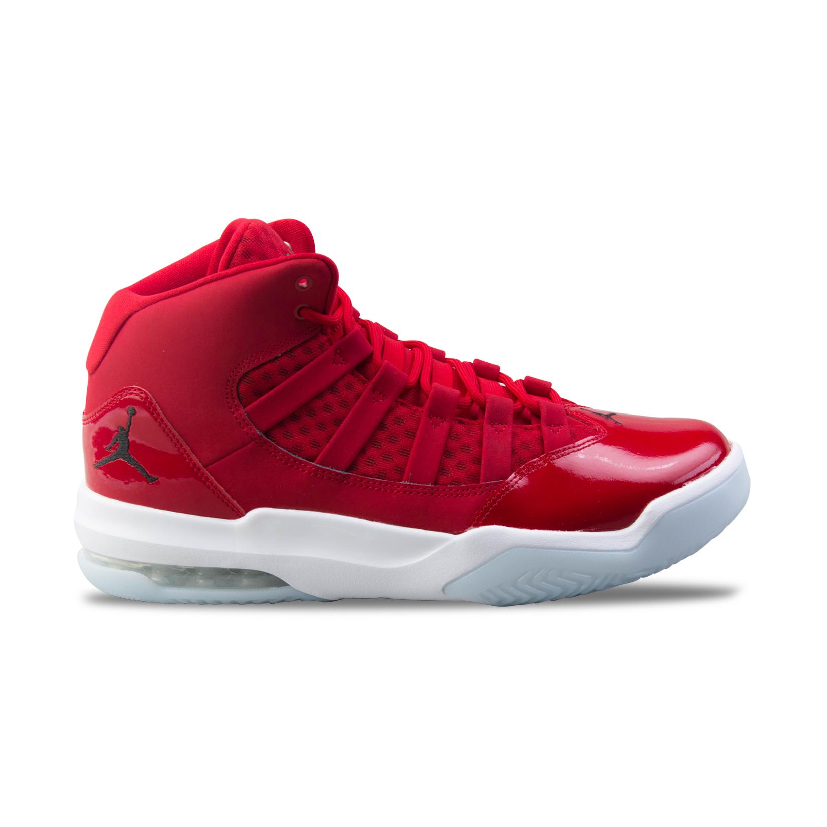 Jordan Max Aura Gym Red
