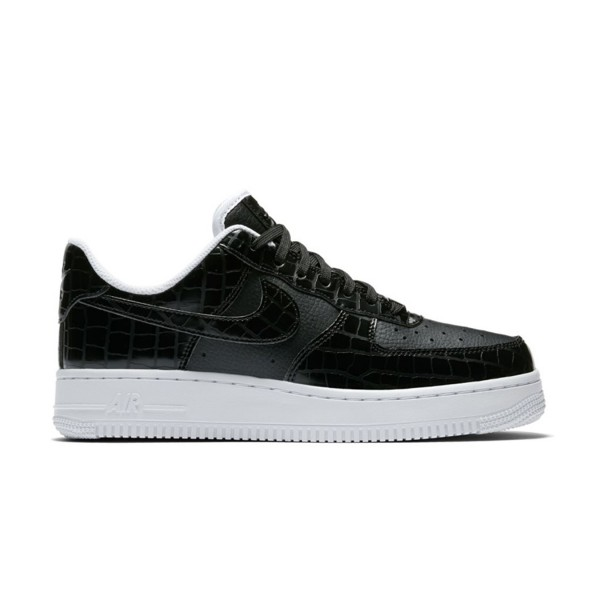 Nike Air Force 1 07 Essential Black